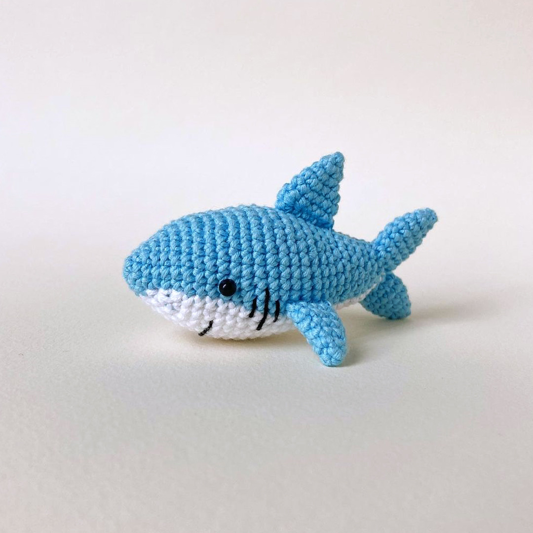 Акулёнок, фото, картинка, схема, описание, бесплатно, крючком, амигуруми
