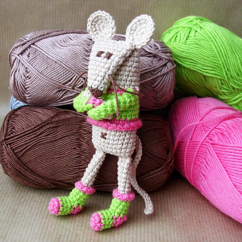Карманная мышка Ася, фото, картинка, схема, описание, бесплатно, крючком, амигуруми
