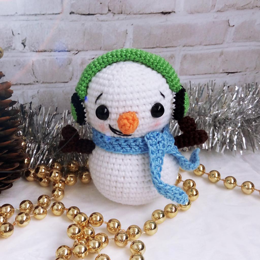 Снеговик в наушниках, фото, картинка, схема, описание, бесплатно, крючком, амигуруми