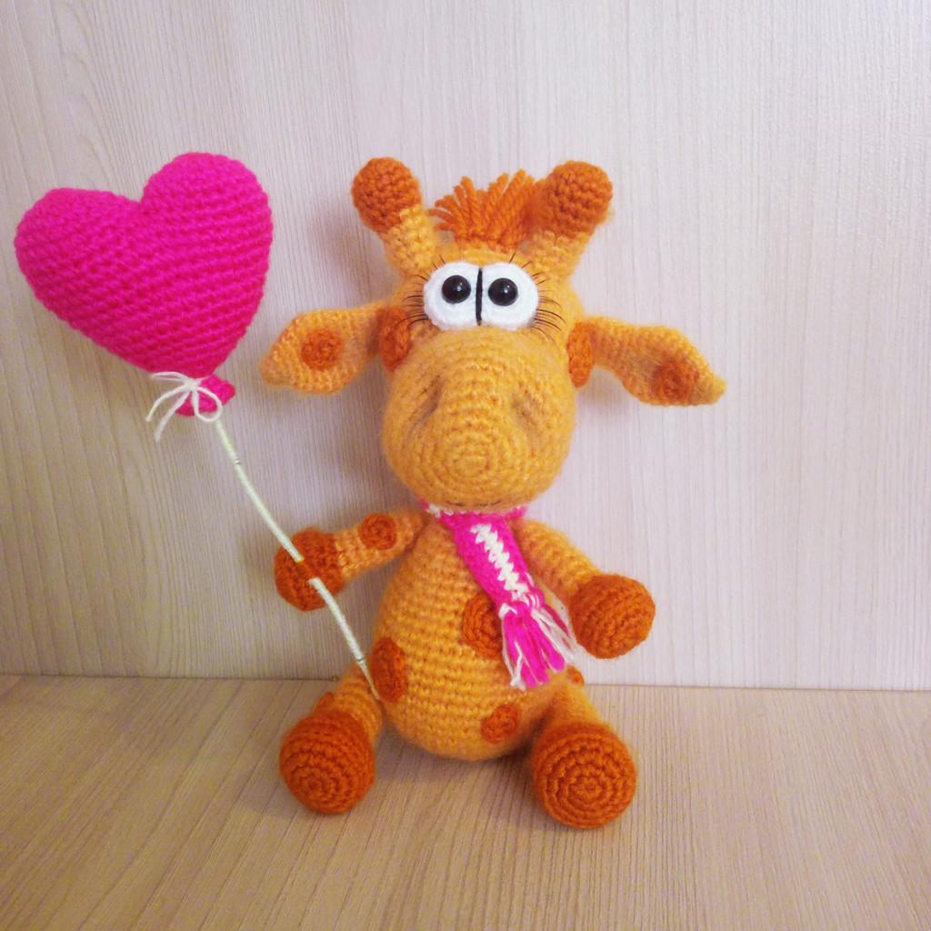 Влюблённый жирафик, фото, картинка, схема, описание, бесплатно, крючком, амигуруми