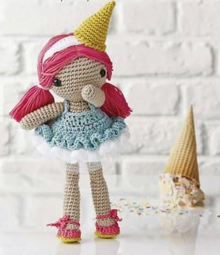 PDF Девочка Мороженка схема вязаной игрушки крючком