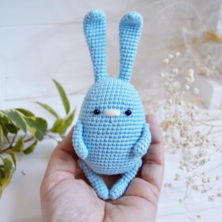 PDF Кролик Весенний схема вязаной игрушки крючком
