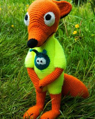PDF Лис - стесняшка в пижаме схема вязаной игрушки крючком