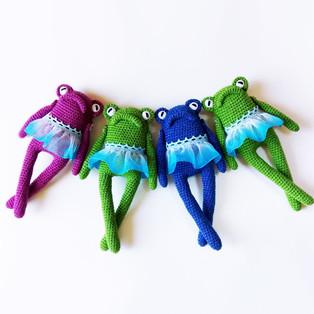 PDF Лягушка Мэри схема вязаной игрушки крючком