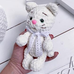 PDF Малыш котёнок схема вязаной игрушки крючком