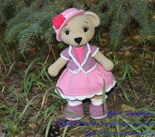 PDF Медведица Настенька схема вязаной игрушки крючком