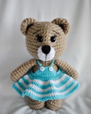 PDF Мишка в платье схема вязаной игрушки крючком