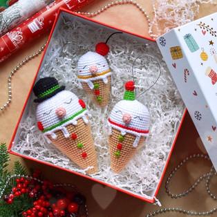 PDF Мороженки-снеговички схема вязаной игрушки крючком