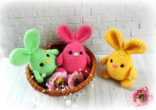 PDF Пасхальный кролик схема вязаной игрушки крючком