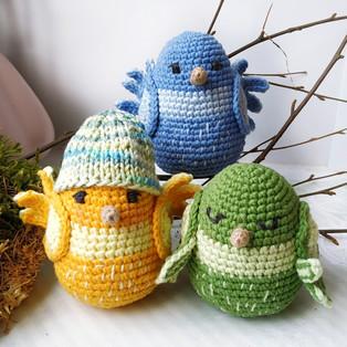 PDF Птички весенние схема вязаной игрушки крючком