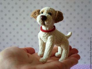 PDF Собачка на ладошке схема вязаной игрушки крючком